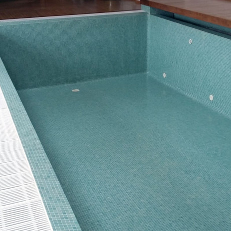 Transparent waterproof resin for tiled pools ponds - Waterproof paint for swimming pools ...