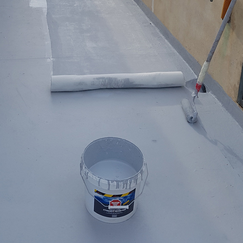 long lasting waterproofing membrane for flat roofs patios and terraces with no slope subject. Black Bedroom Furniture Sets. Home Design Ideas